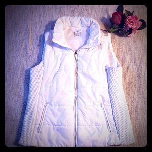 Liz Claiborne white puffer vest